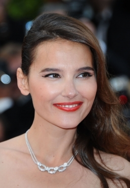 "Virginie Ledoyen/""Rust and Bone"" premiere. Face: Diorskin Nude Natural Glow ..."