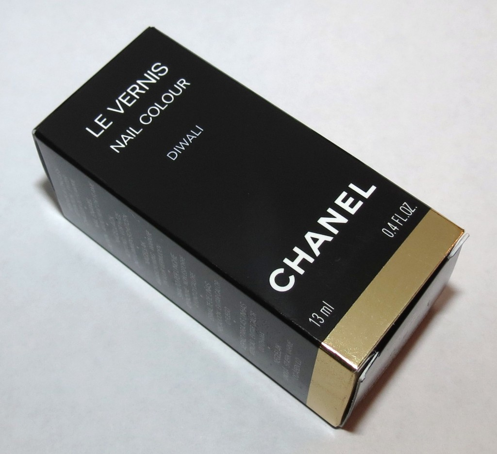 Chanel DIWALI Le Vernis Nail Colour Swatches & Review – Bombay Express de Chanel