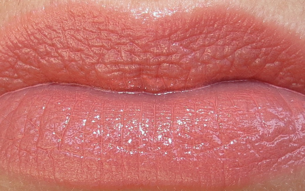 MAC Cremesheen + Pearl Lipstick Swatches & Review - Blushing Noir