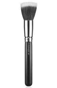 AprsChic-Brush-187-300