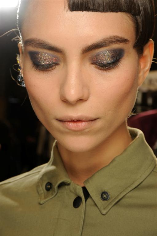 NARS AW13 Thakoon beauty look 3 - lo res