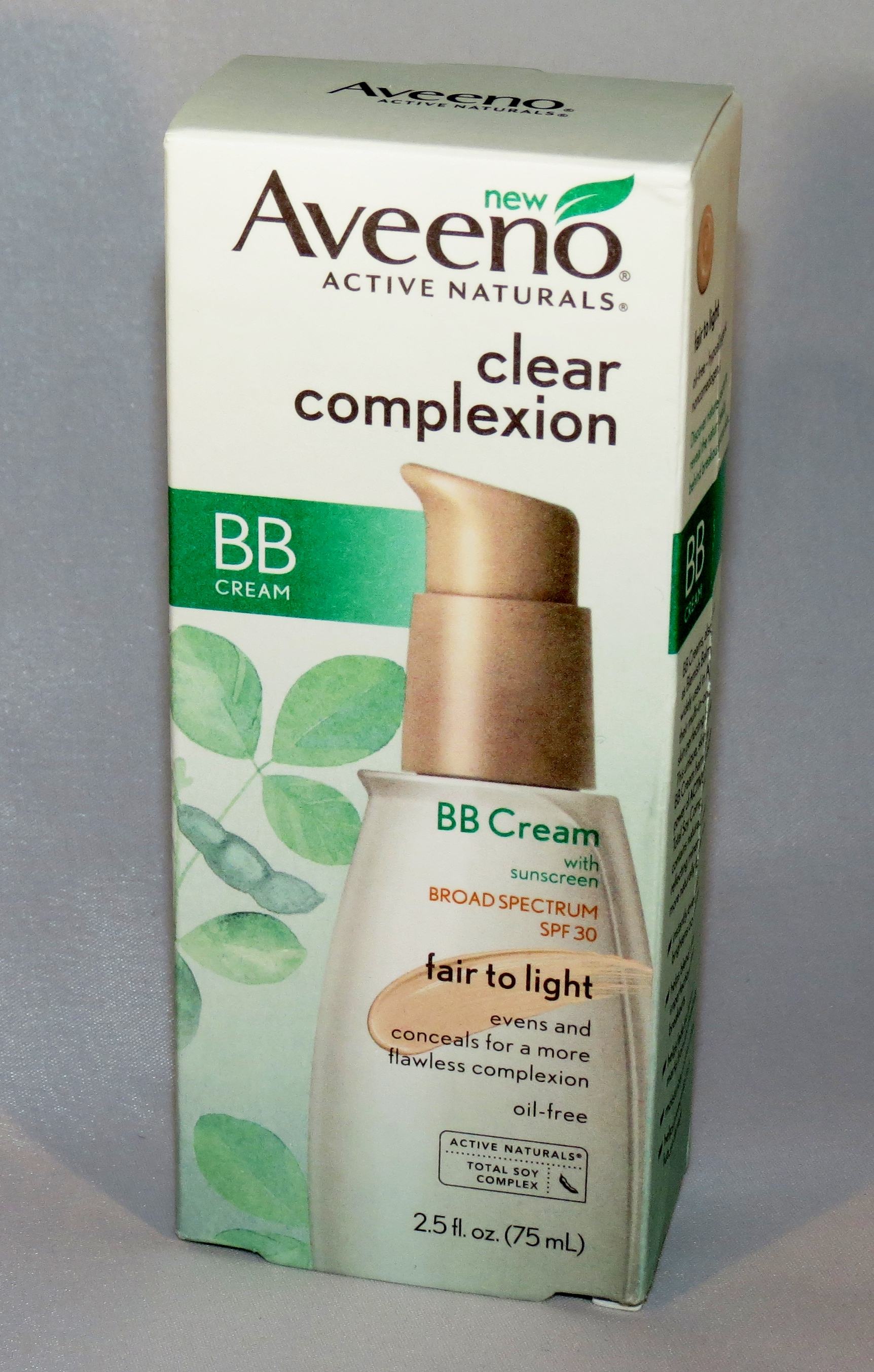 aveeno clear complexion bb cream swatches review. Black Bedroom Furniture Sets. Home Design Ideas