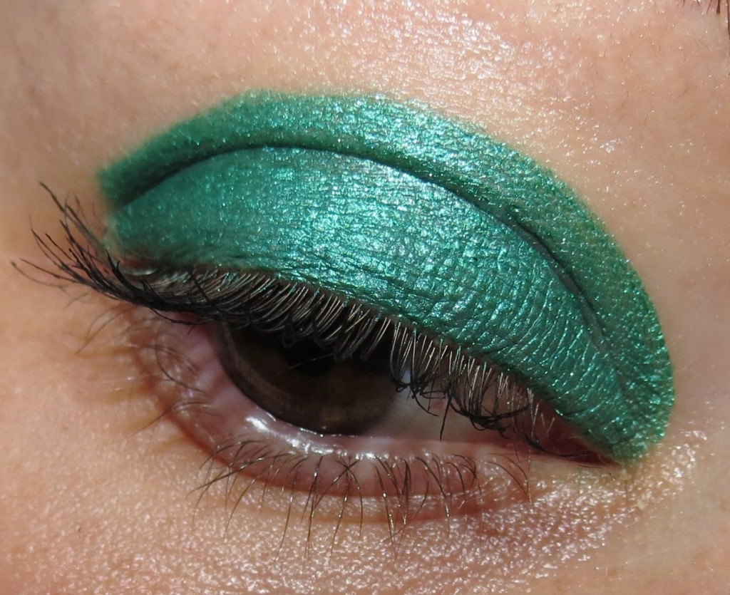 SEPHORA + PANTONE UNIVERSE Emerald Color Cube Lid Stain Swatches, Review & EOTD