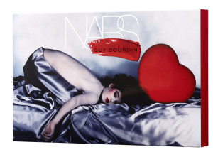 NARS Guy Bourdin Collection Cosmetic Pochette Packaging - jpeg