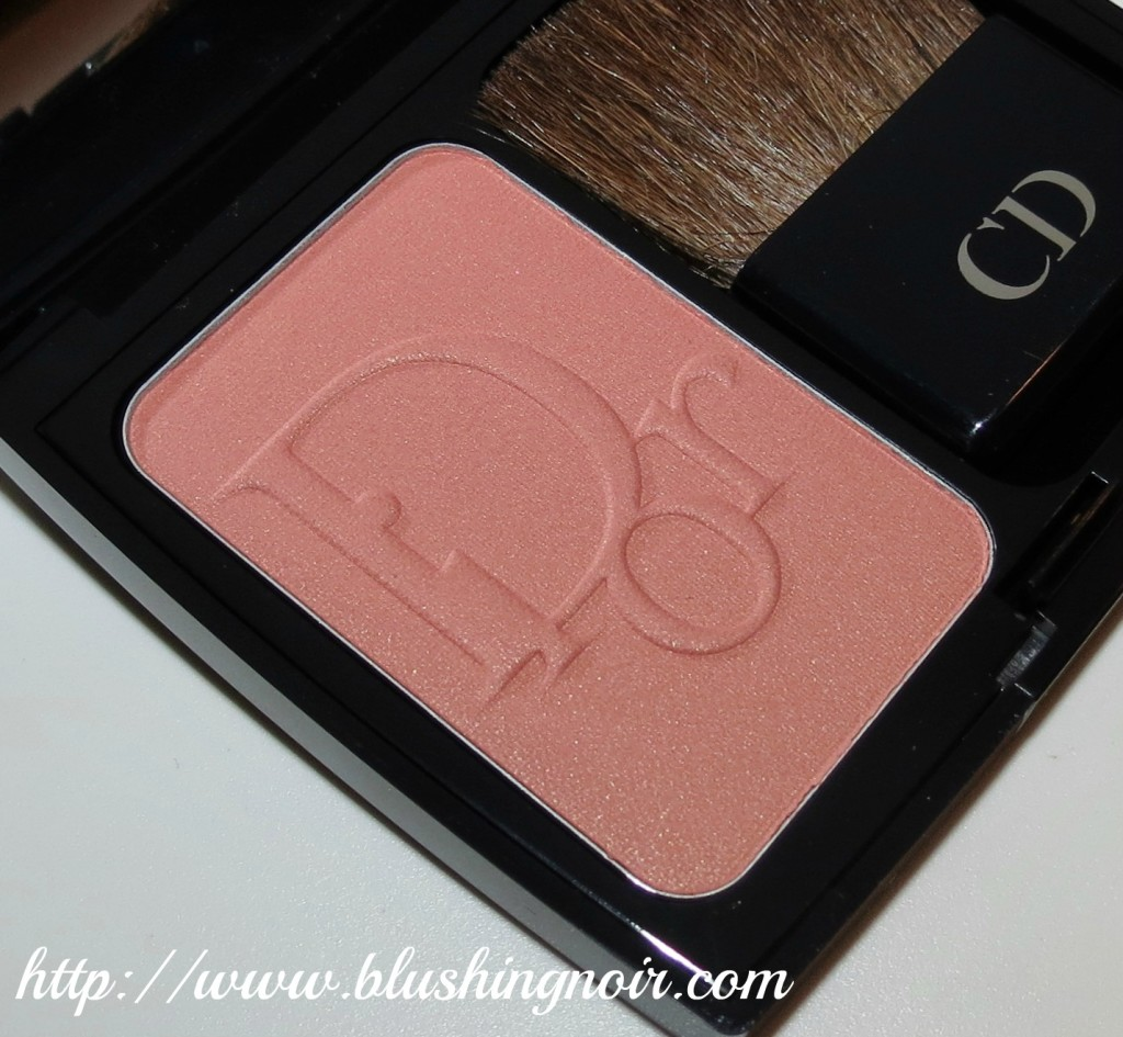 Dior Cocktail Peach Vibrant Colour Powder Blush