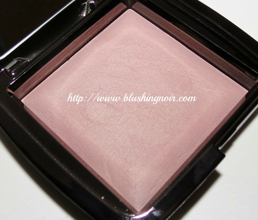 hourglass mood light ambient lighting powder swatches. Black Bedroom Furniture Sets. Home Design Ideas