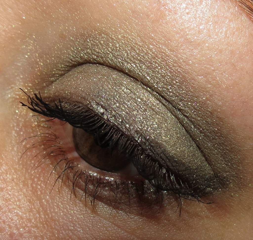 MAC Divine Night Eye Look for Holiday