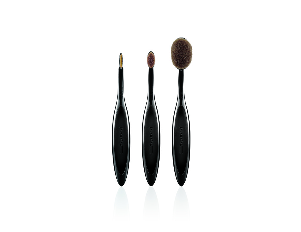MasterClassBrushCollection-LineUp-300