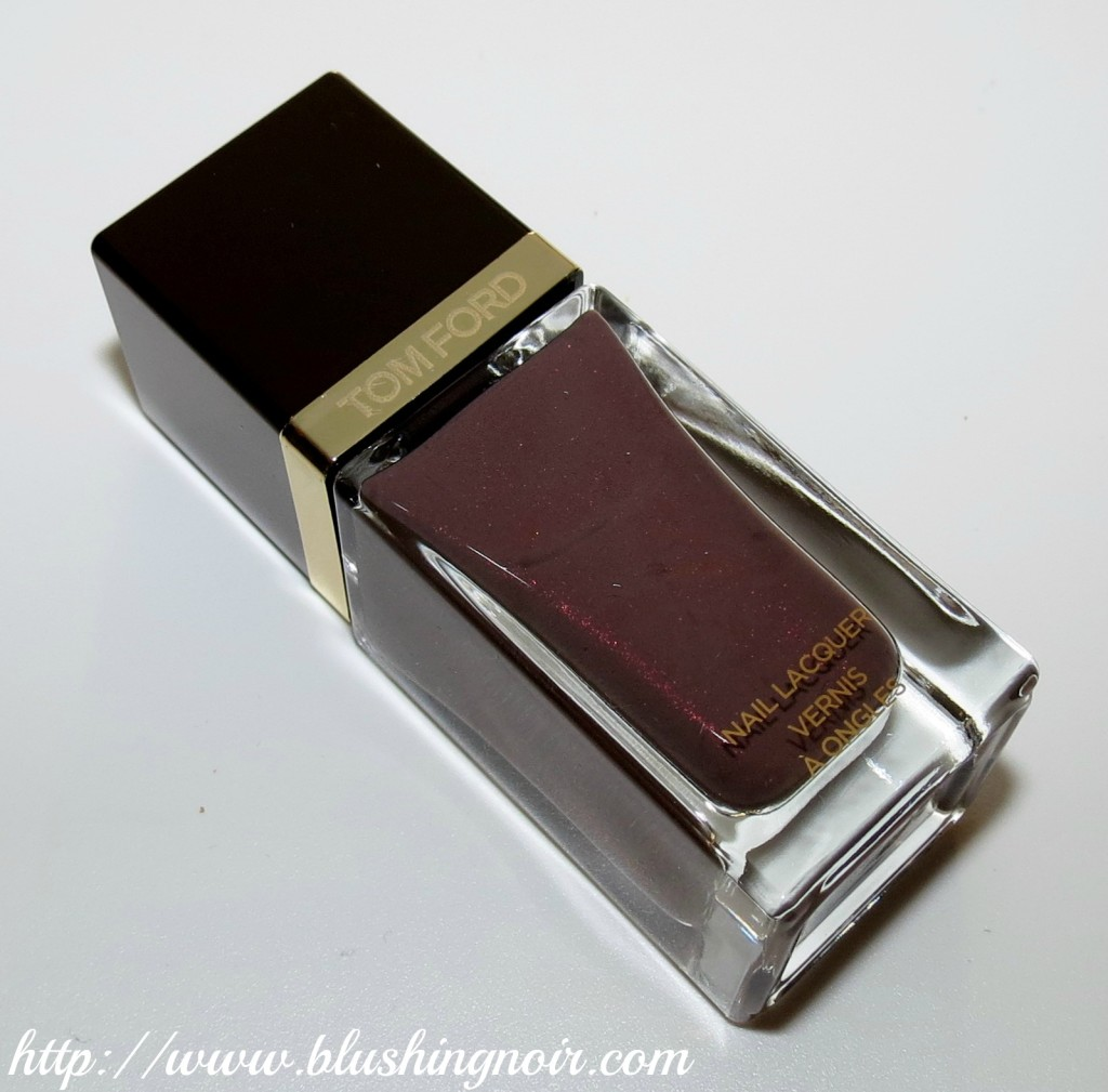 tom ford black sugar nail lacquer bottle