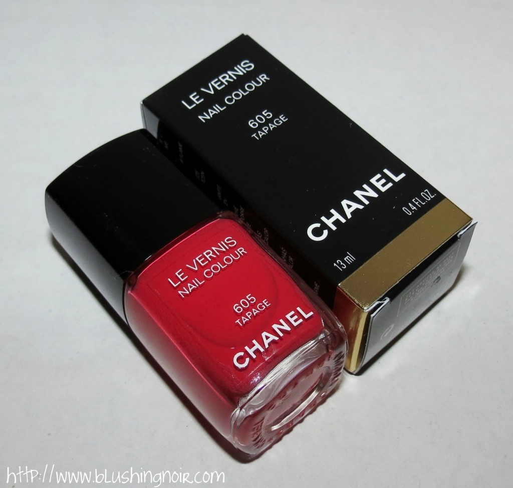 Chanel 605 TAPAGE Le Vernis Nail Colour Review