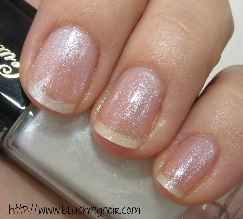 Guerlain Star Dust Nail Lacquer flash