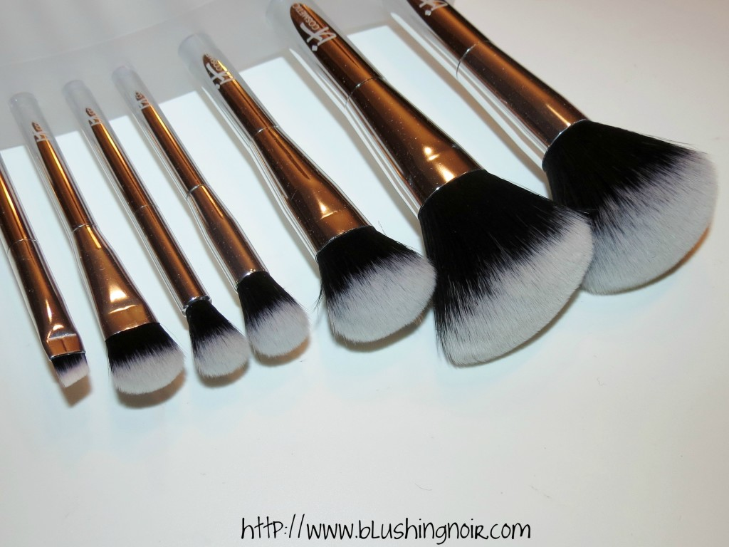 IT Cosmetics Heavenly Luxe™ 7 Piece Brush Collection 3