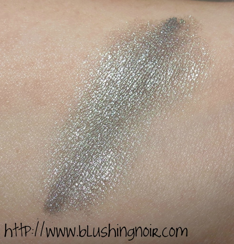 Inika Mineral Eyeshadow Eternal Marine Swatches