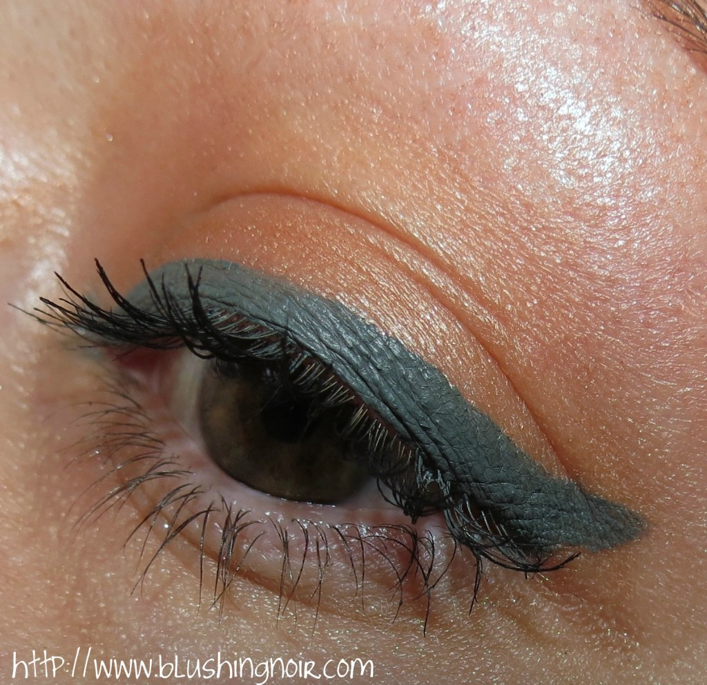 Laura Mercier Graphite Creme Eye Liner & Copper Sunrise Metallic Creme Eye Colour EOTD