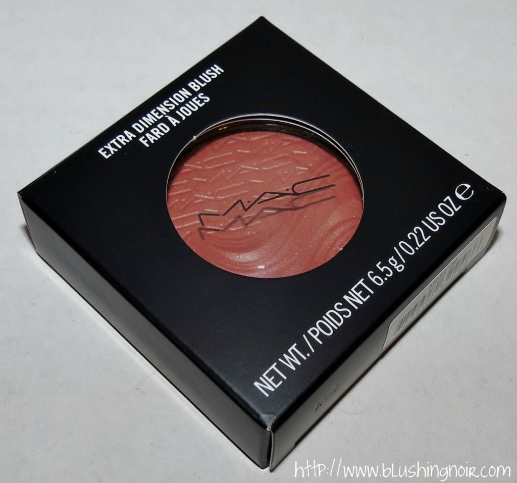 MAC Pleasure Model Extra Dimension Blush packaging