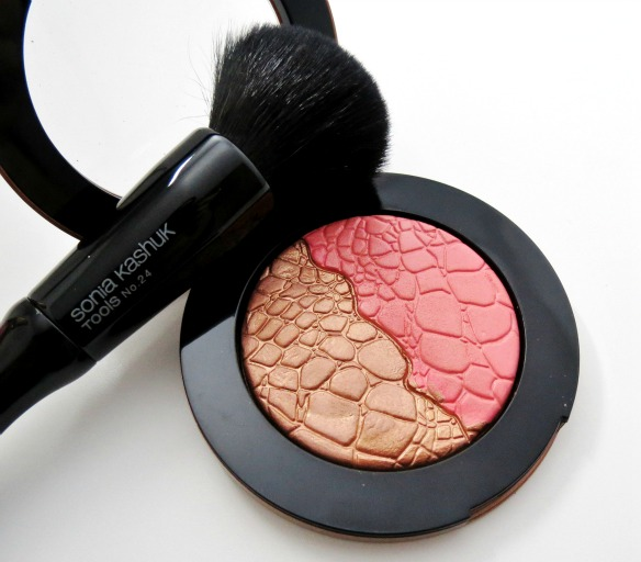 Sonia Kashuk Glisten Chic Luminosity Blush Bronzer Duo Review