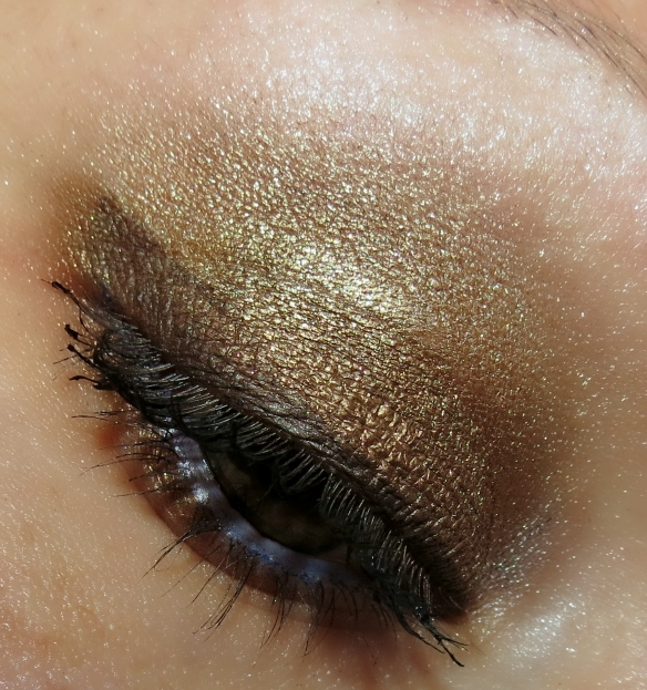 Maybelline the Nudes Palette eye look 2