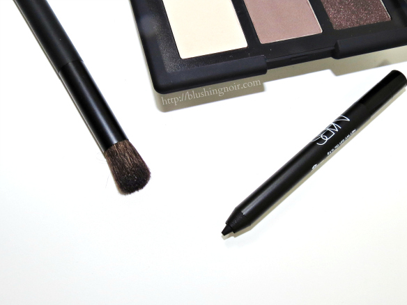 NARS  NARSissist Smokey Eye Kit Brush Liner review