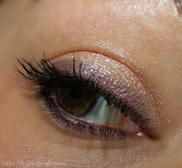 MAC Electric Cool Eyeshadow Look