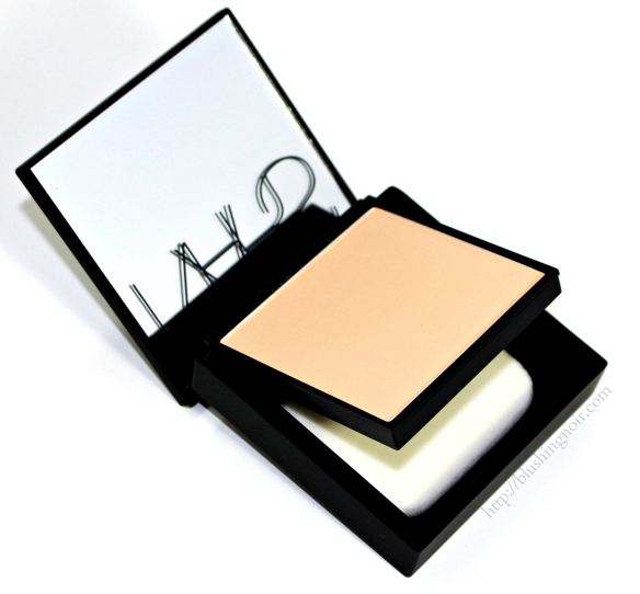 NARS All Day Luminous Powder Foundation review