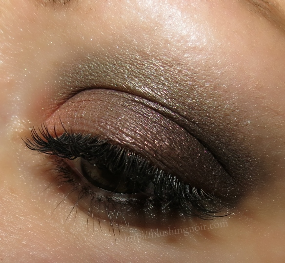 Chanel Tisse Fantaisie Les 4 Ombres Eye Look