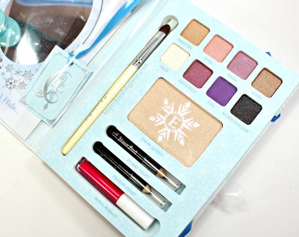 ELF Disney Elsa Snow and Ice Beauty Book interior