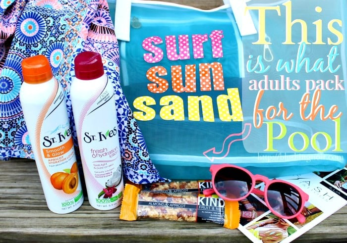 How To: #LiveRadiantly // Packing for the Pool
