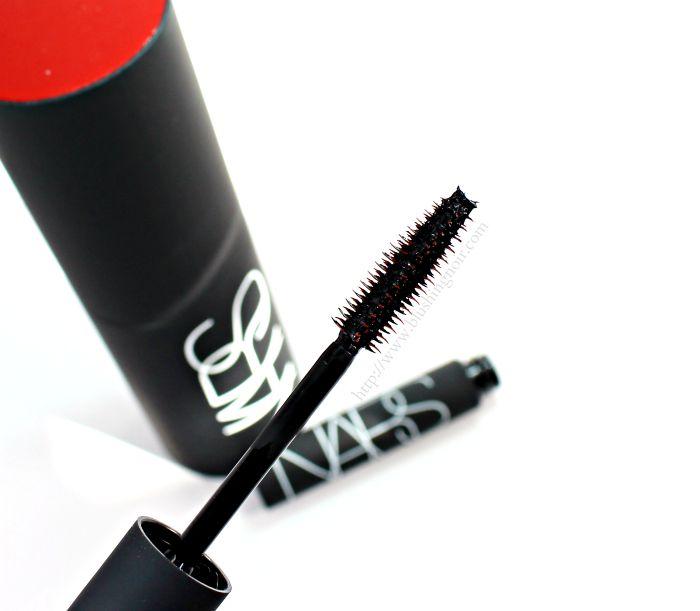 NARS Audacious Mascara Review wand