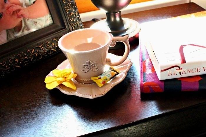 Relaxing Bedside Table #swissherbs
