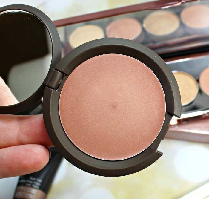BECCA Shimmering Skin Perfector™ Poured ROSE GOLD REVIEW