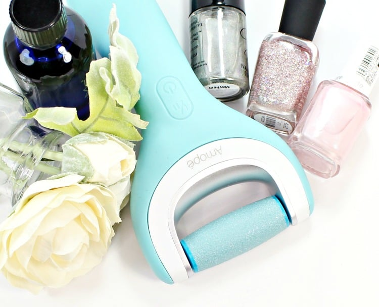 Time Saving Pampering Tips for Your Feet (and Yourself)!