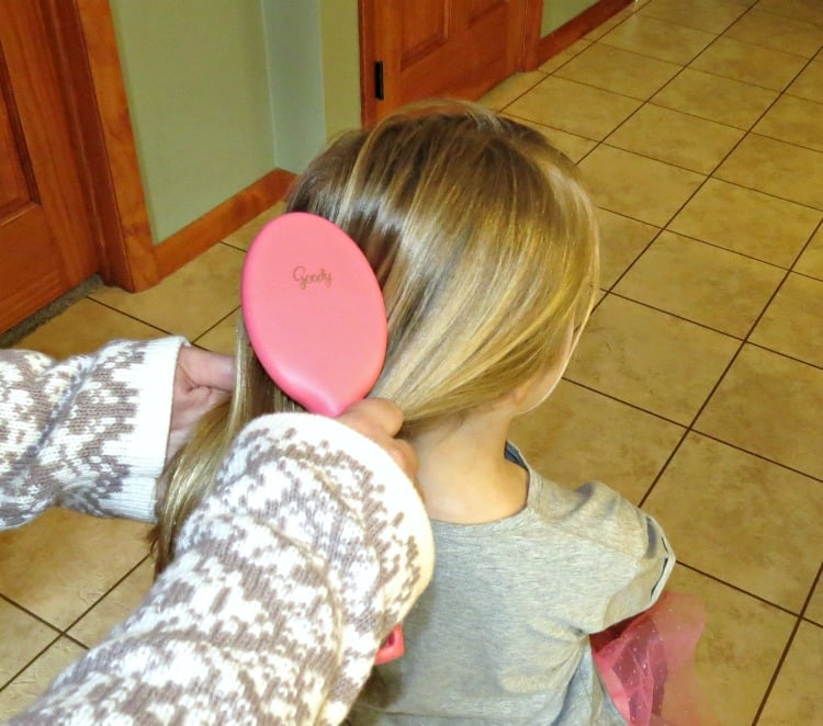 Goody Ouchless Girls Oval Brush review
