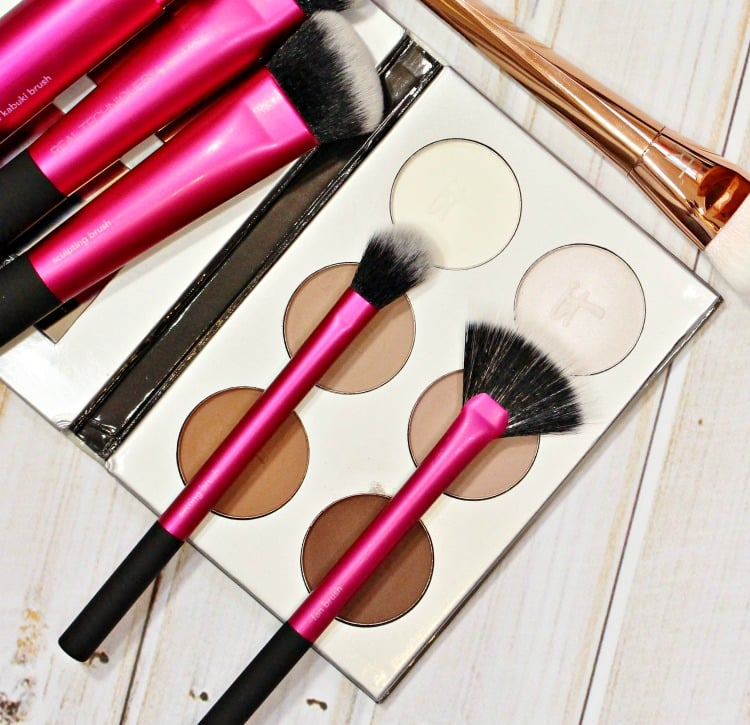 makeup brushes highlighting contouring tools how to tutorial