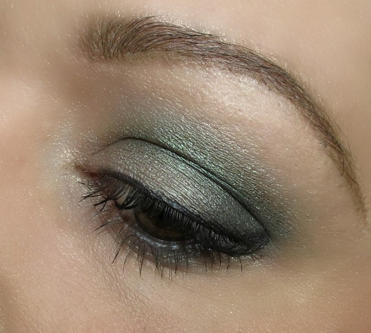 Honest Beauty Forest Green eyeshadow trio swatches eye look eotd