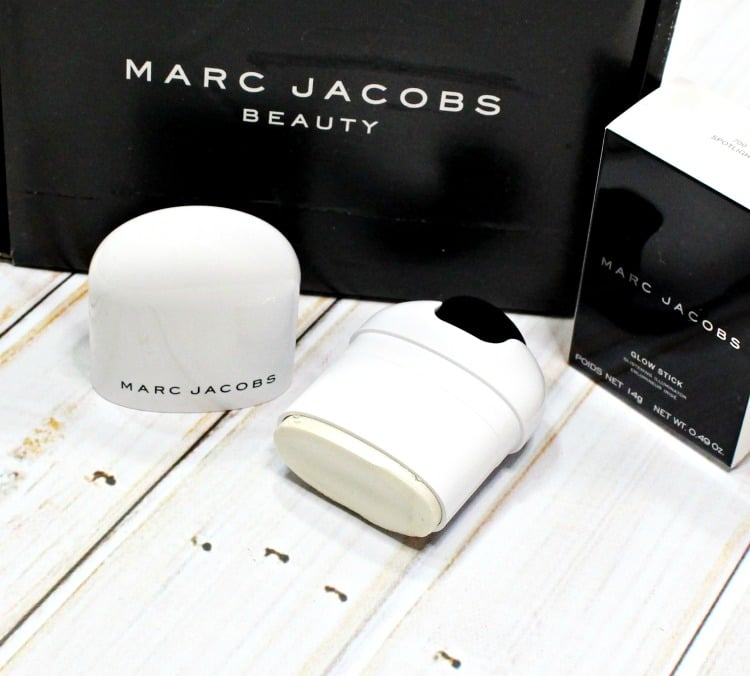 Marc Jacobs Beauty Glow Stick Glistening Illuminator Swatches + Review