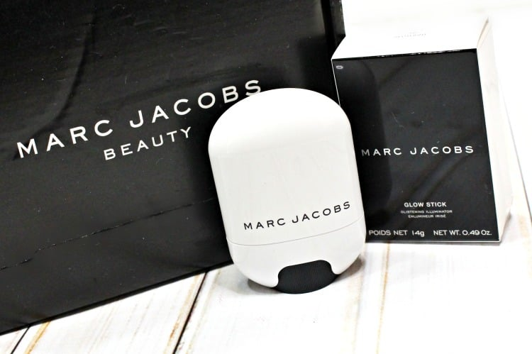Marc Jacobs Beauty Spotlight Glow Stick Illuminator swatches review swatch pics