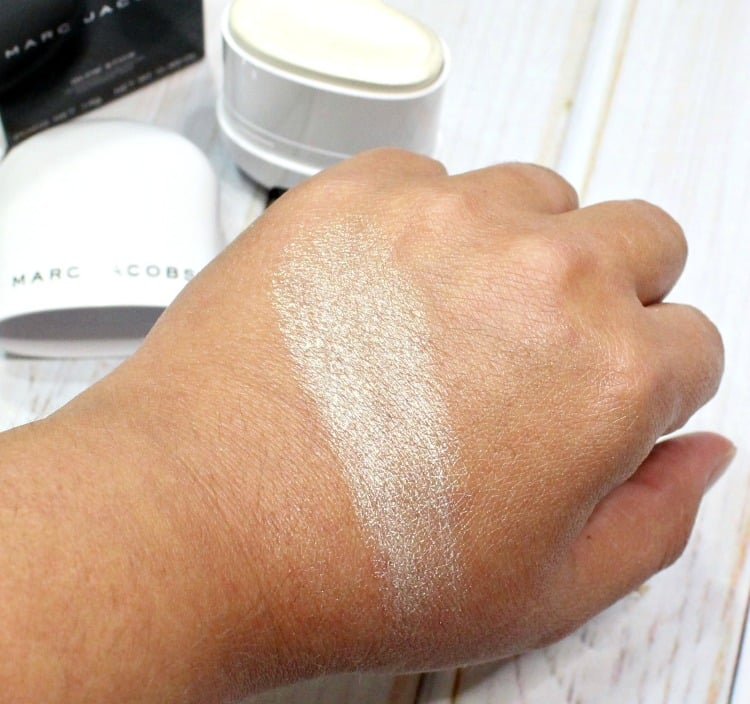 Marc Jacobs Spotlight Glow Stick highlighter illuminator swatch pics swatches review