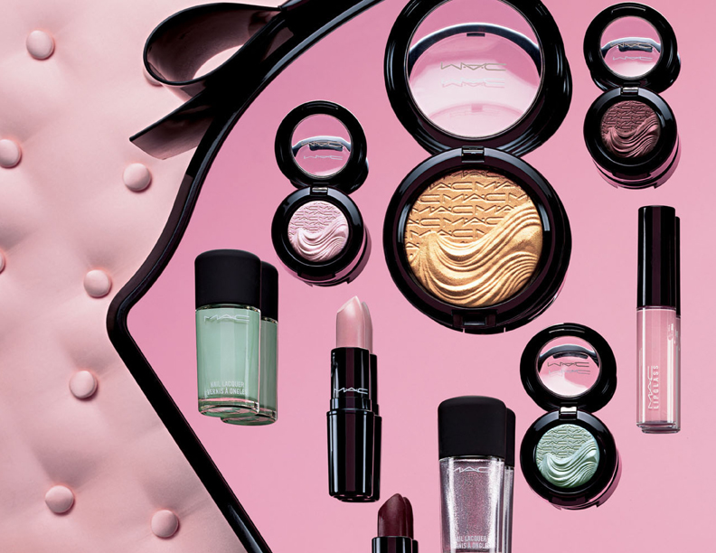Introducing MAC Glamour Daze Collection