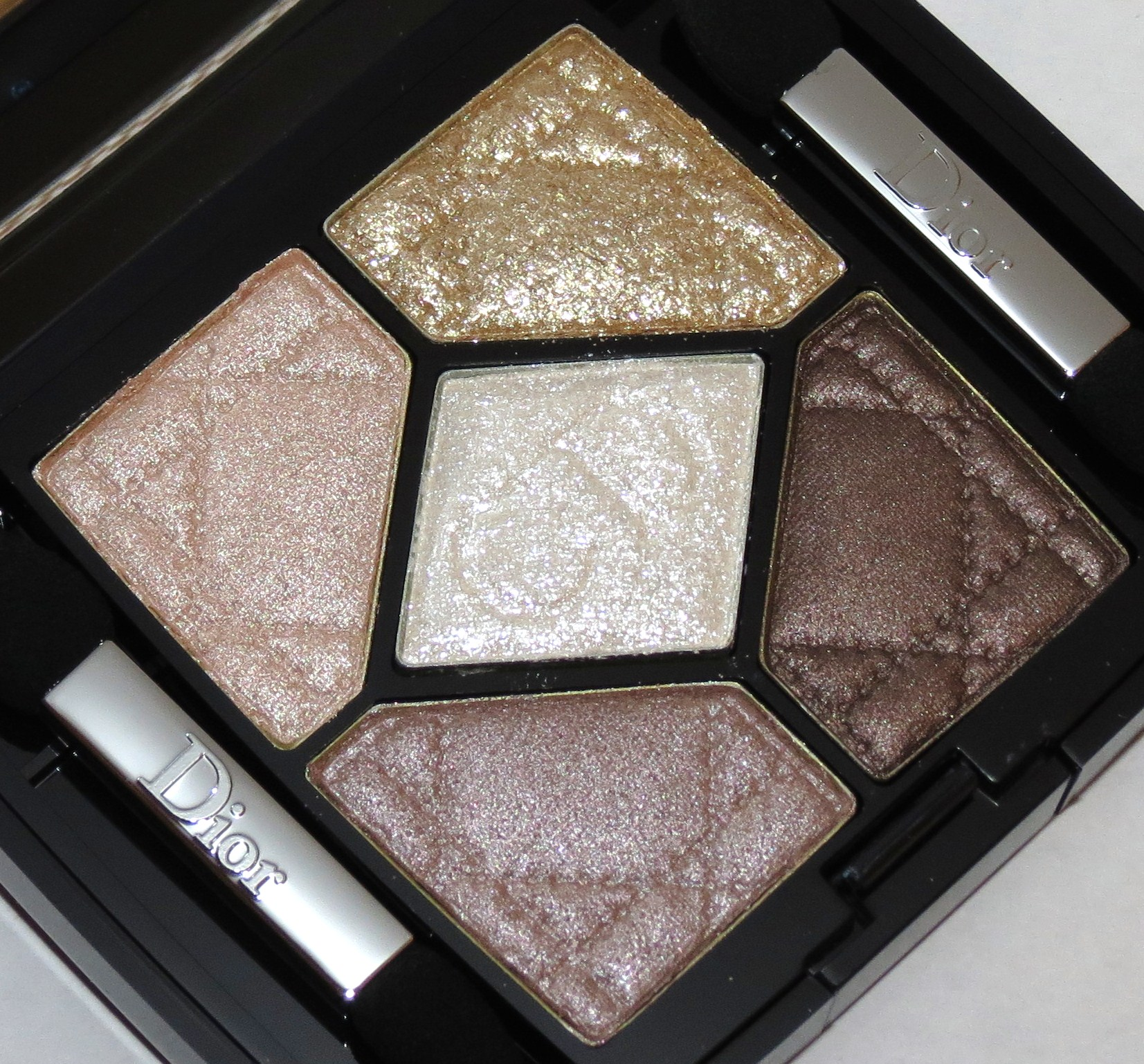 dior fairy golds 5 couleurs eyeshadow palette swatches review eotd grand bal collection. Black Bedroom Furniture Sets. Home Design Ideas