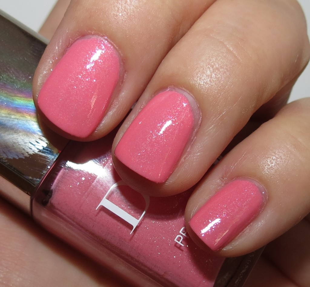 Dior PRINCESS SPRING BALL DELICE And DIABLOTINE Nail Polish Swatches U0026 Review - Blushing Noir