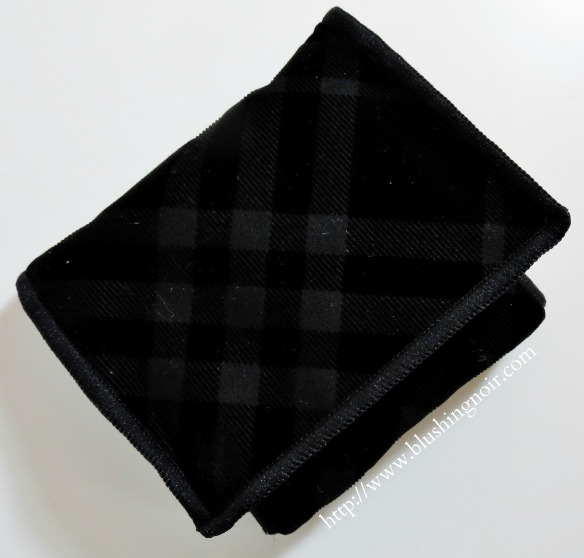 Burberry Sage Green Complete Eye Shadow Palette pouch