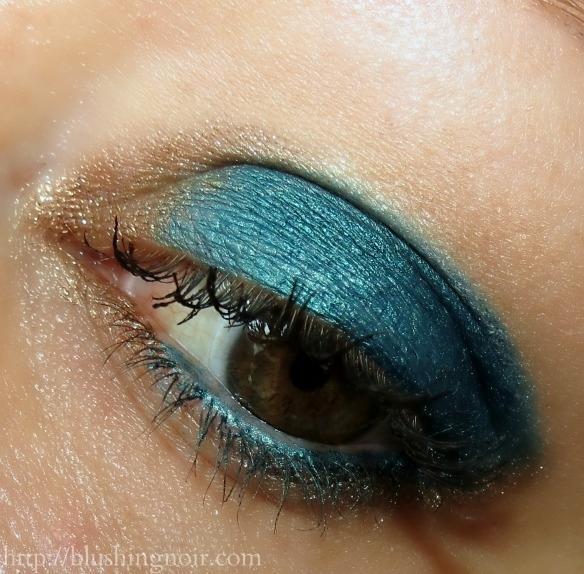 Make Up For Ever Aqua Matic Waterproof Glide-On Eye Shadow Look 2