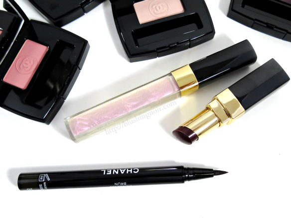 Chanel Ecriture de Chanel Automatic Liquid Eyeliner swatches review