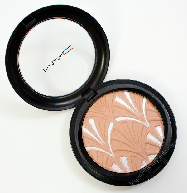 MAC Nude Pink Highlight Powder review