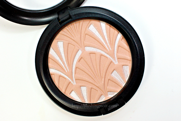 MAC Nude Pink Highlight Powder swatches review