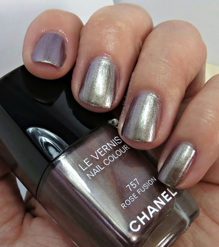 Chanel Rose Fusion Le Vernis Nail Polish Swatches