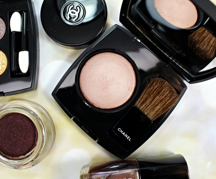 Chanel Holiday 2015 Coups de Minuit highlighting blush swatches