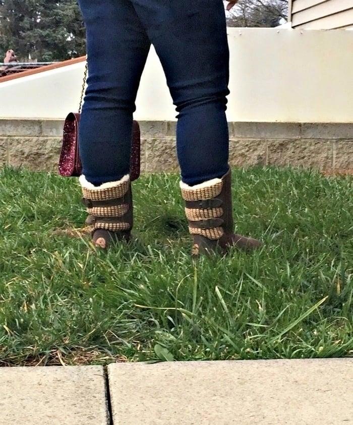 Famous Footwear Bearpaw boots brown