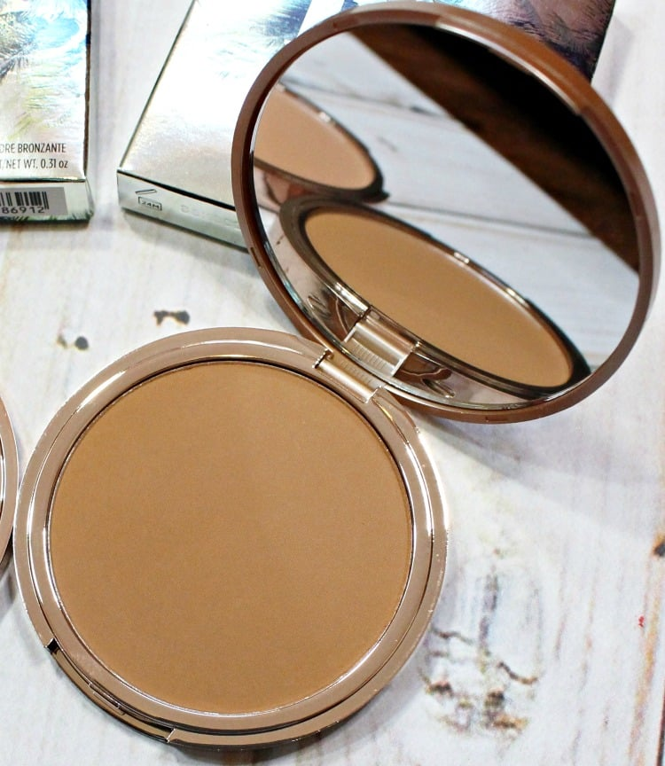 Urban Decay Bronzed Beached Bronzer swatches