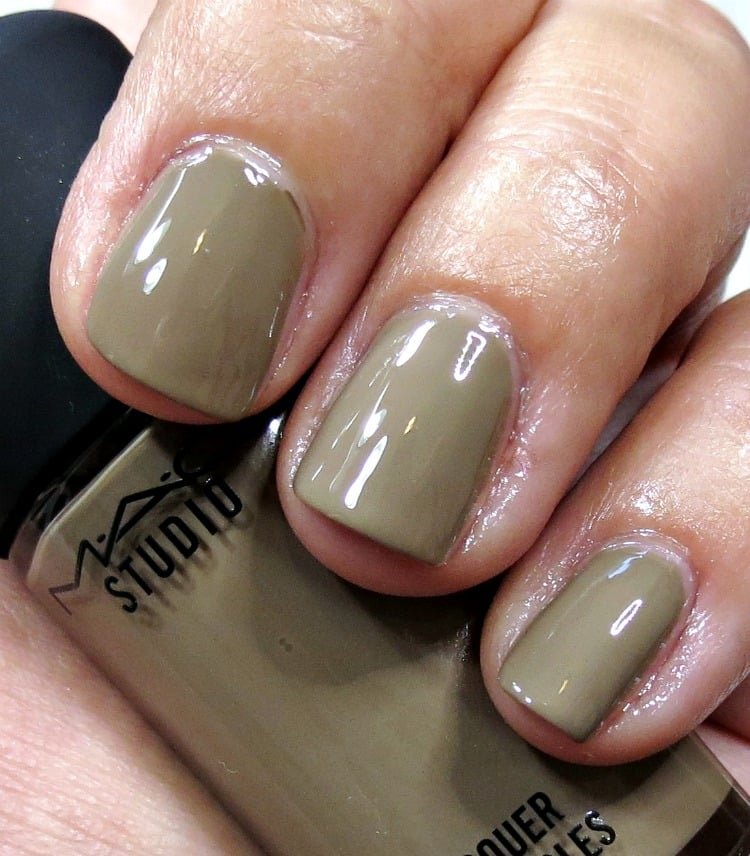 MAC Rack Em Up nail polish lacquer swatches review swatch pics ...